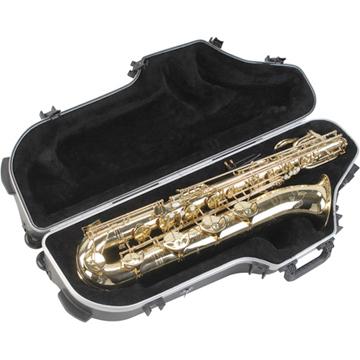 skb_contoured-pro-baritone-sax-case-with-wheels